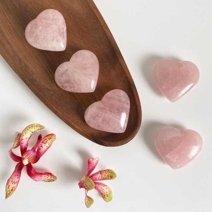 Corazón de cuarzo rosa mediano