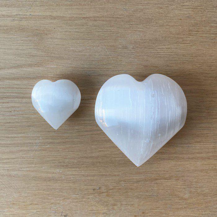 corazón de selenita blanca medidas