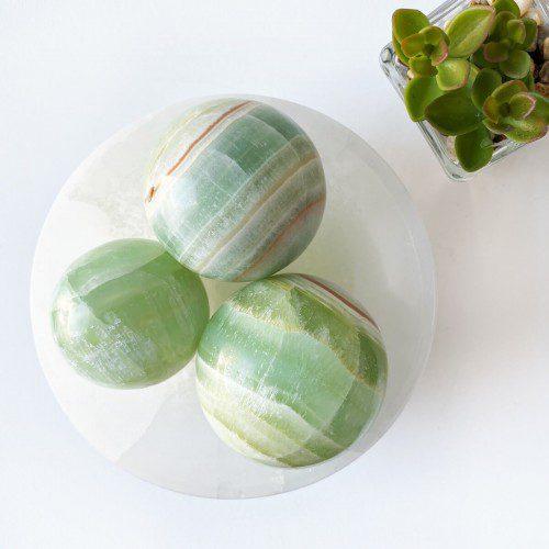 esfera de calcita pistacho
