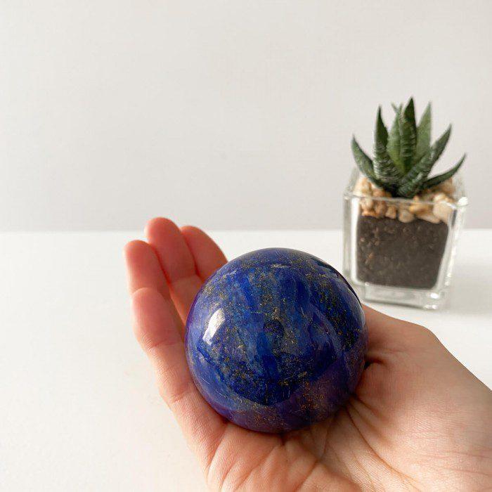 esfera mediana de lapislázuli