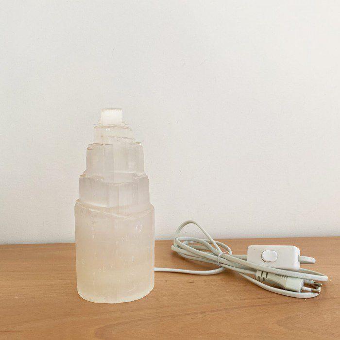 lámpara de selenita pequeña marynelis