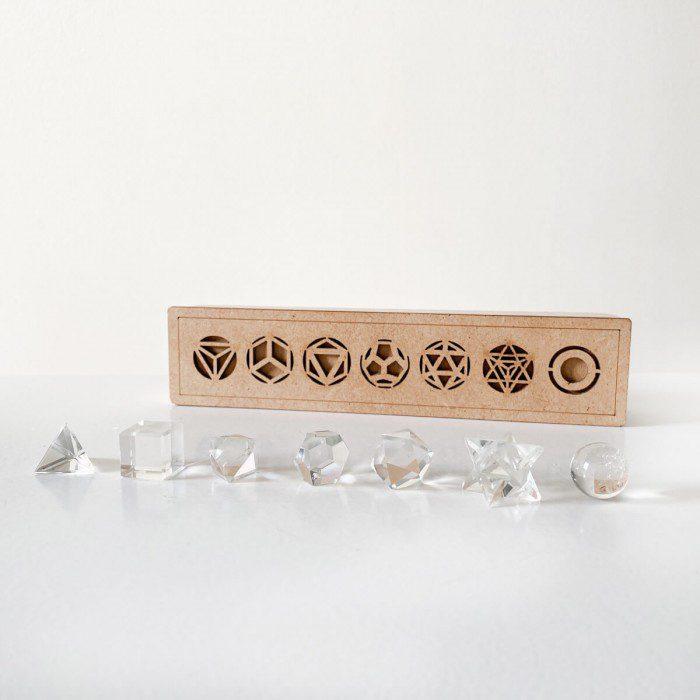sólidos platónicos de cuarzo cristal
