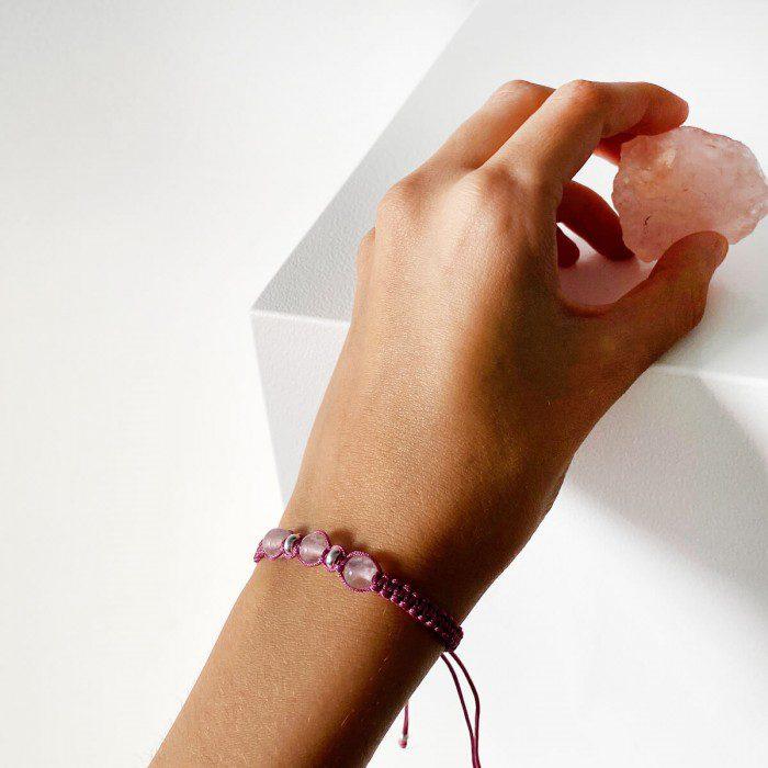 pulsera de macramé con cuarzo rosa palo 2