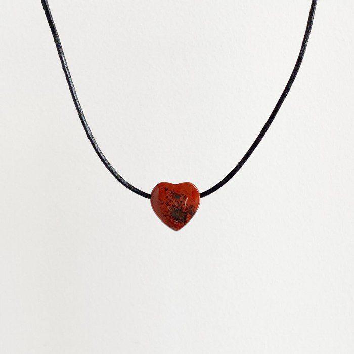 colgante de jaspe rojo corazón