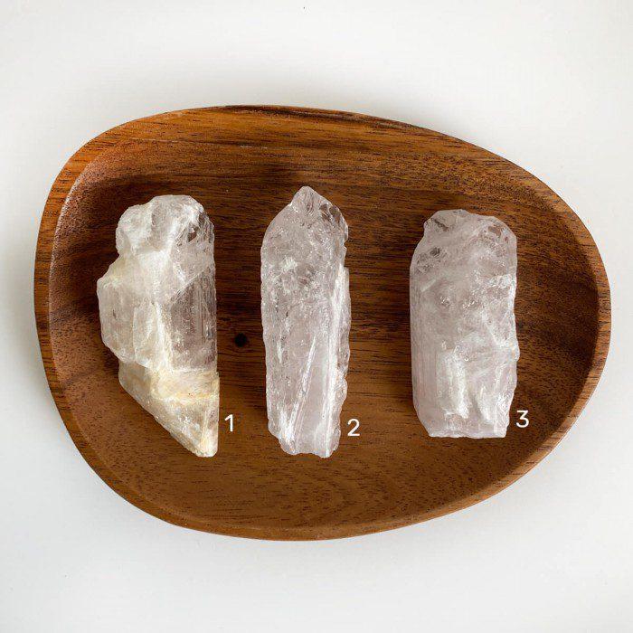 danburita en bruto cristalizada