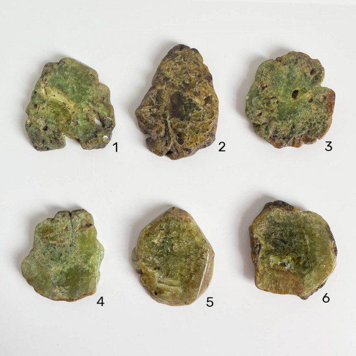 placas de granate verde