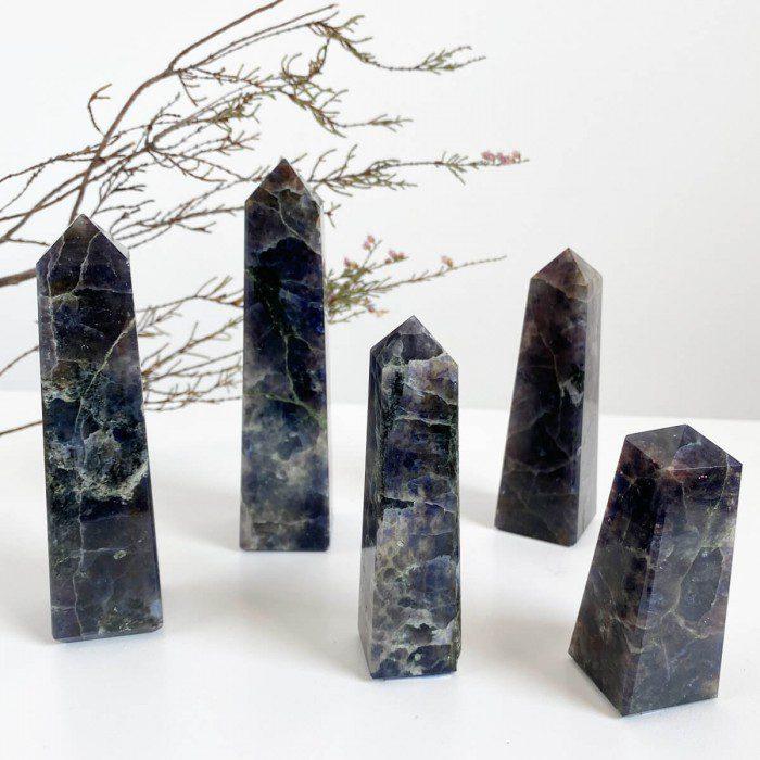 obelisco de iolita