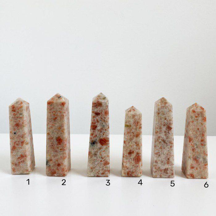 obeliscos de piedra sol