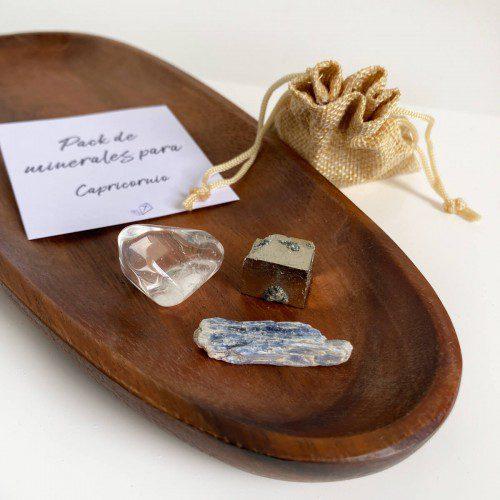 minerales para capricornio