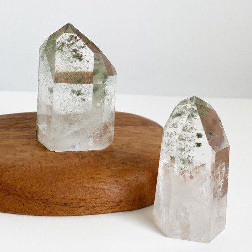 punta de cuarzo cristal con clorita