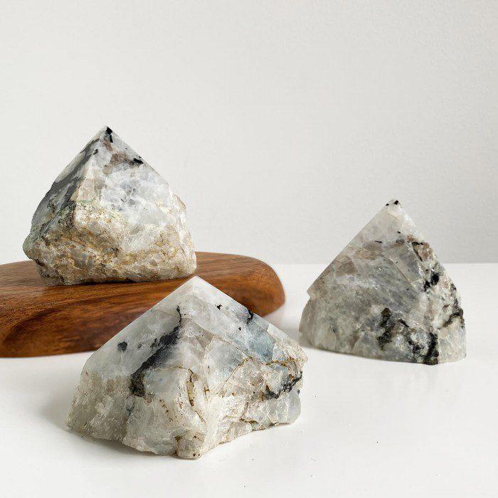 punta de piedra luna